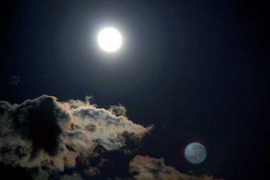 dos lunas